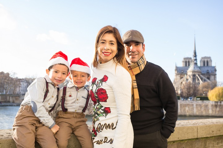 Paris Family Photographer - Paris family photo tours